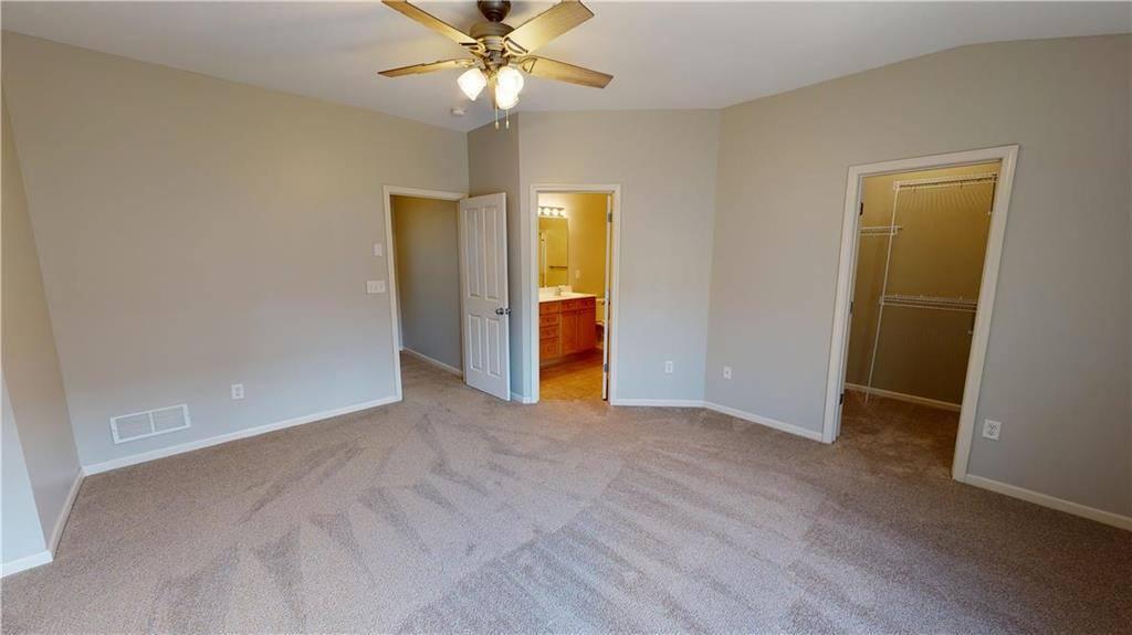 7642 West 158th Terrace, Overland Park, KS 66223