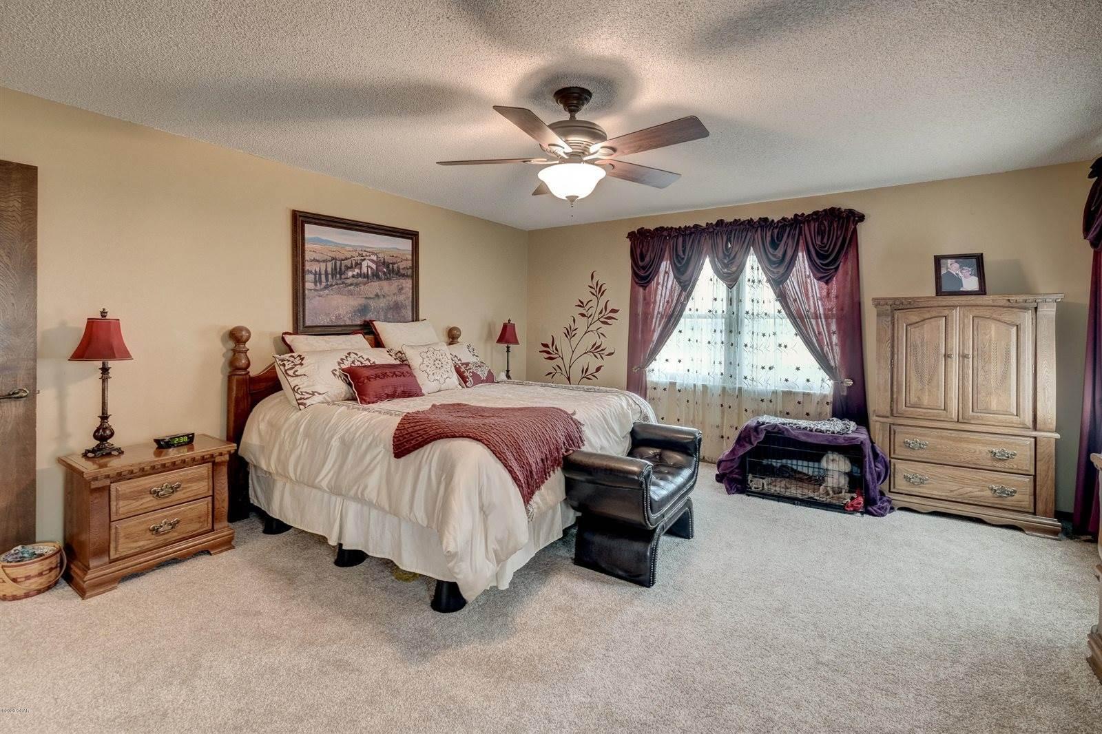 5011 Kolkmeyer Drive, Joplin, MO 64804