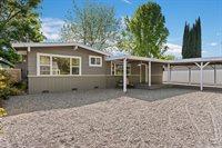 2610 Reeves Lane, Lakeport, CA 95453