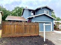 325 Raven Court, Healdsburg, CA 95448