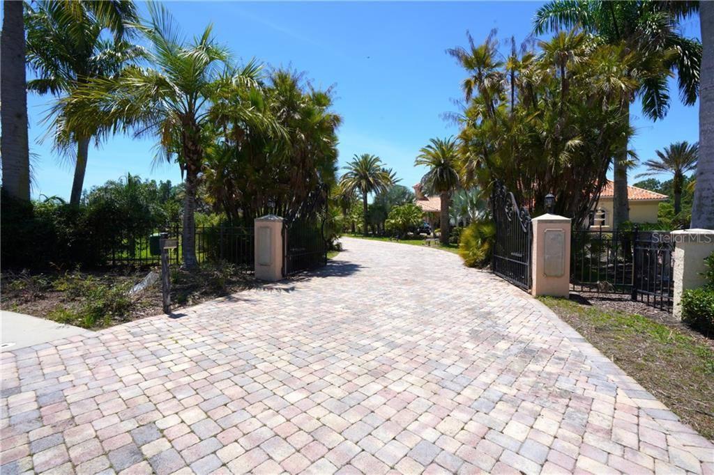 17916 Cachet Isle Drive, #A, Tampa, FL 33647