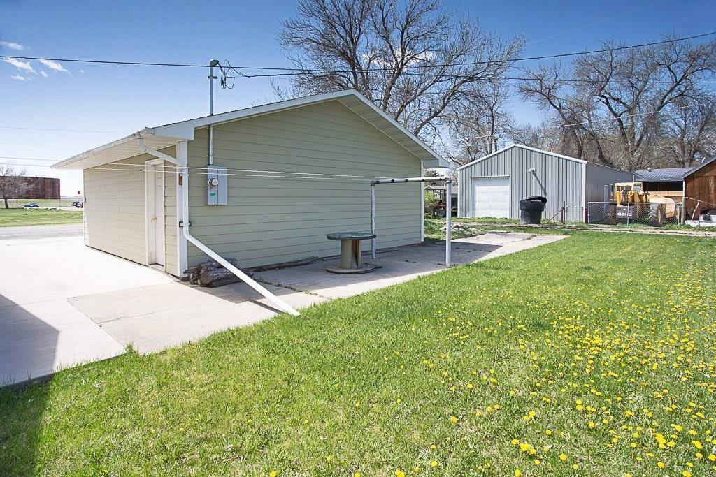 420 cedar Avenue, Laurel, MT 59044
