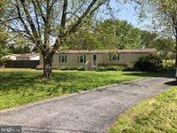 5645 Sandtown Rd, Felton, DE 19943