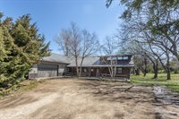 2592 Gulf Road, Abilene, KS 67410