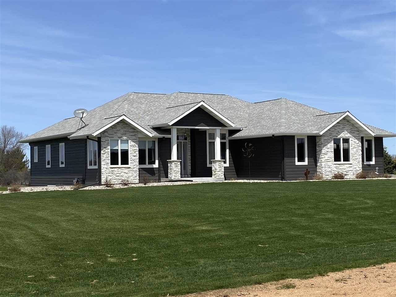 118600 Sunset Ridge Drive, Stratford, WI 54484