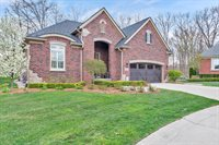 58843 Valley View Drive, Washington Township, MI 48094