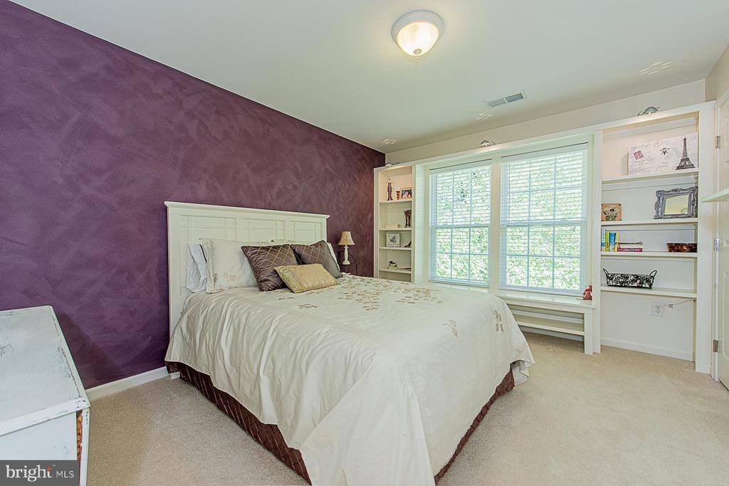 1711 Forest Creek Drive, Hanover, MD 21076