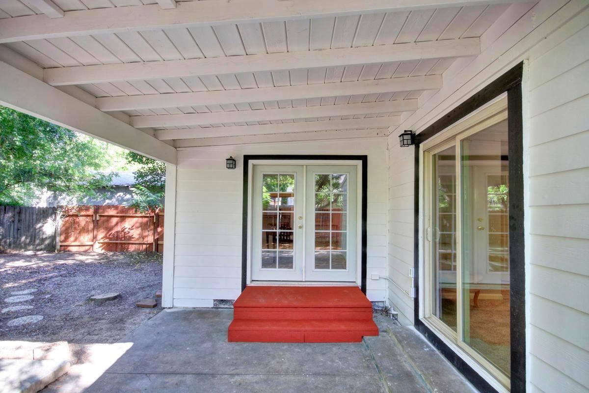208 Birch Street, Roseville, CA 95678