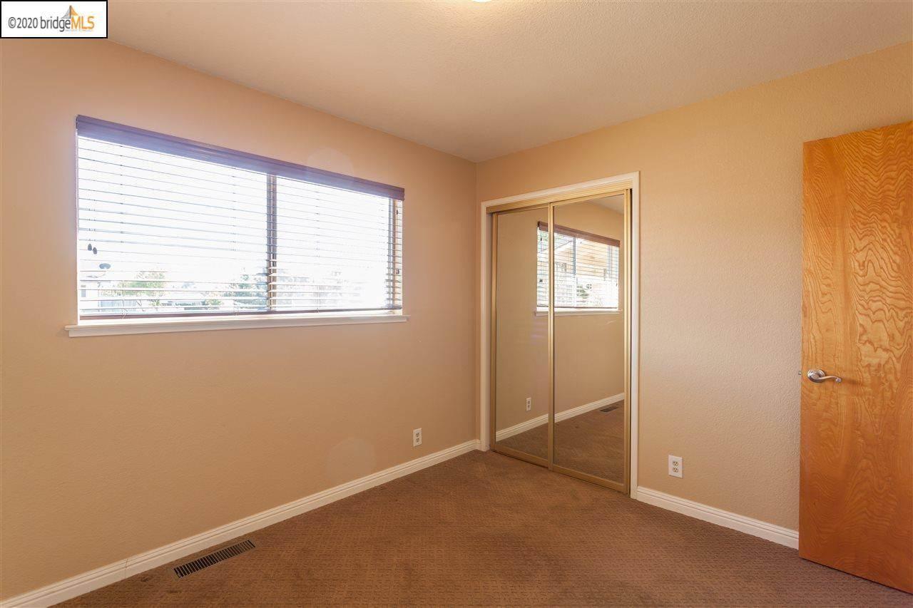 200 Cobblestone Dr, Antioch, CA 94509