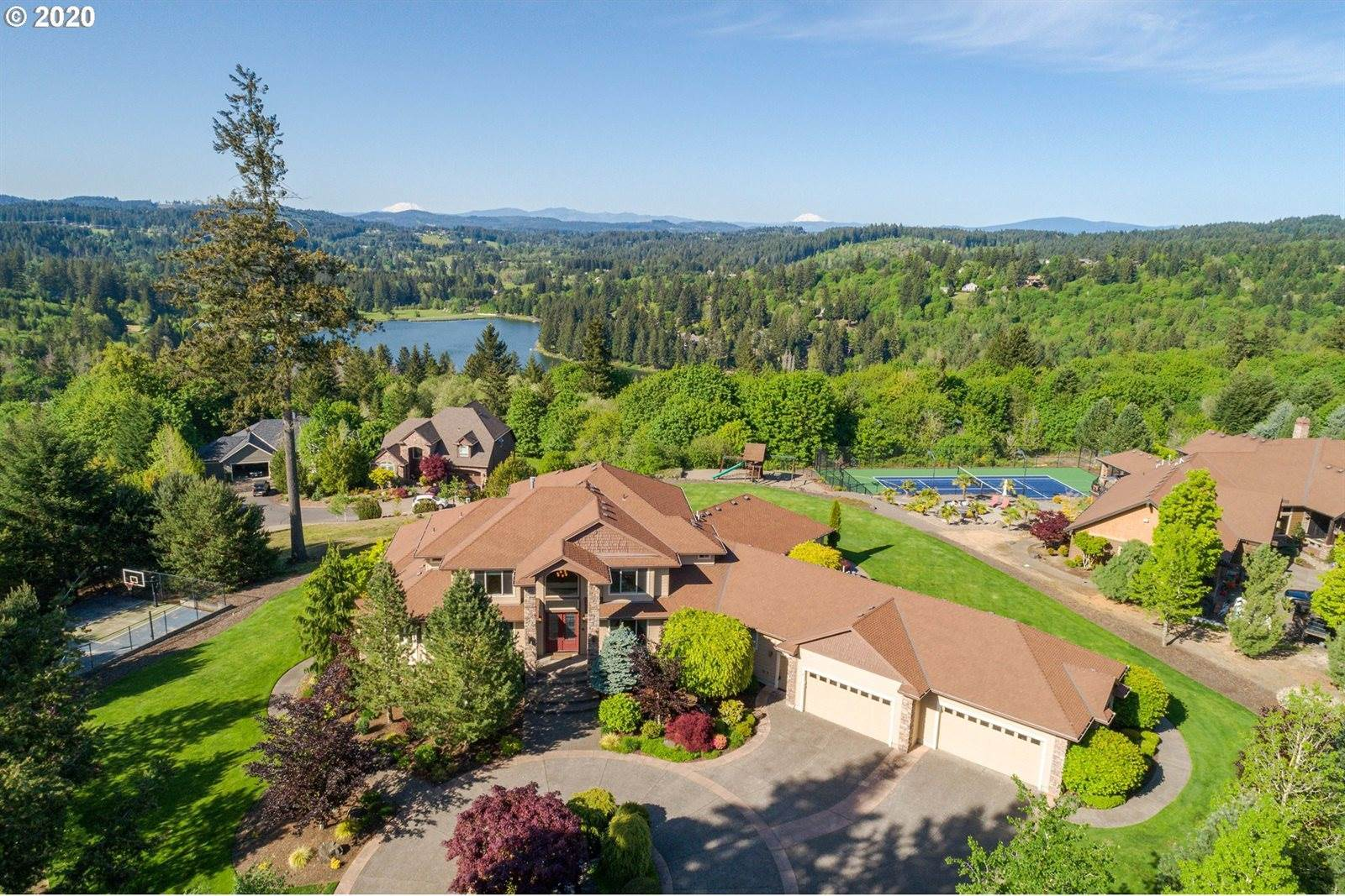 20604 South Monpano Overlook Dr, Oregon City, OR 97045
