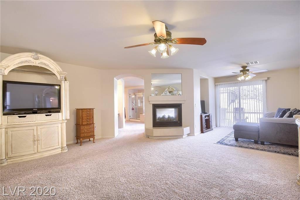 4126 Royal Scots Avenue, Las Vegas, NV 89141