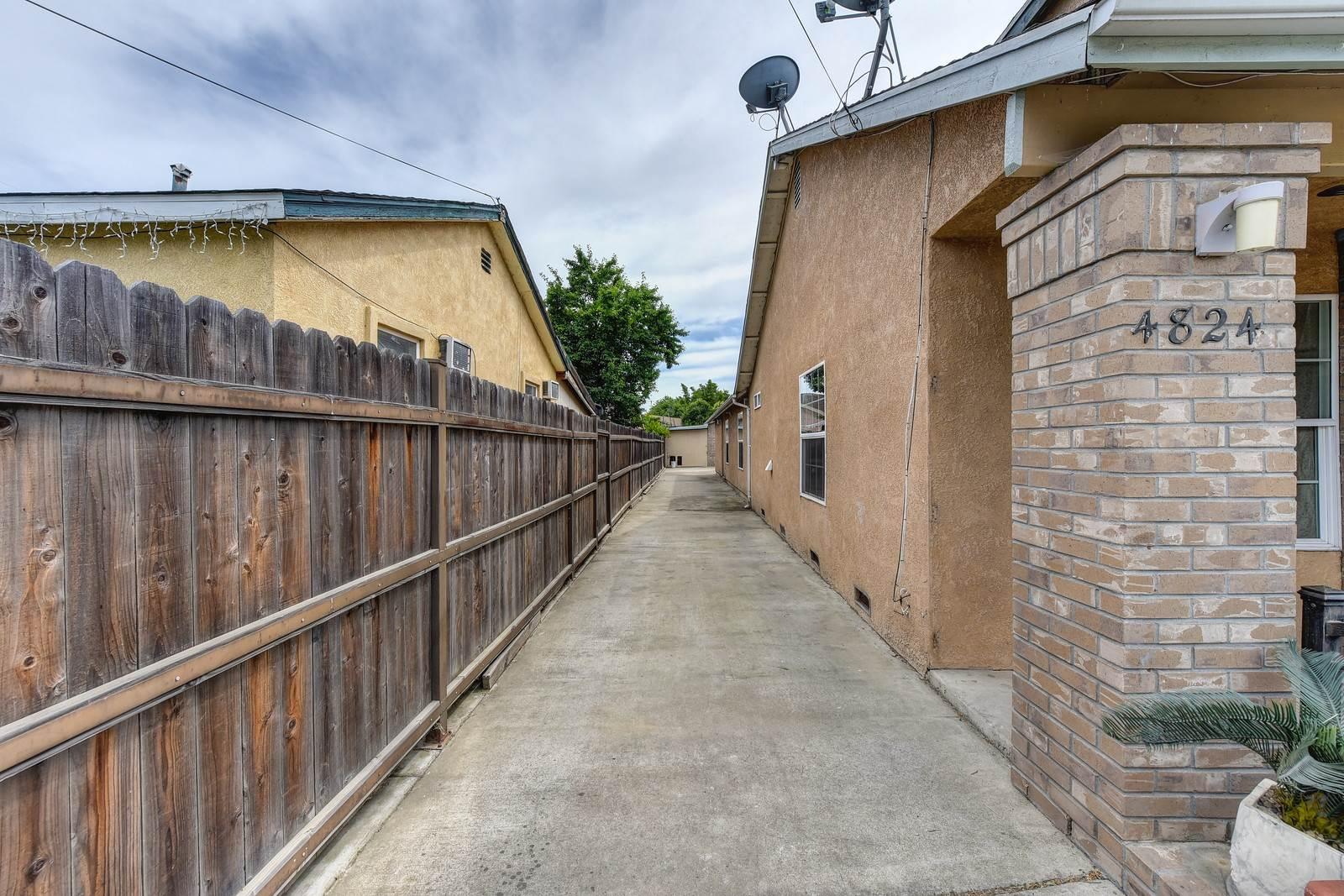 4824 Baker Ave, Sacramento, CA 95820