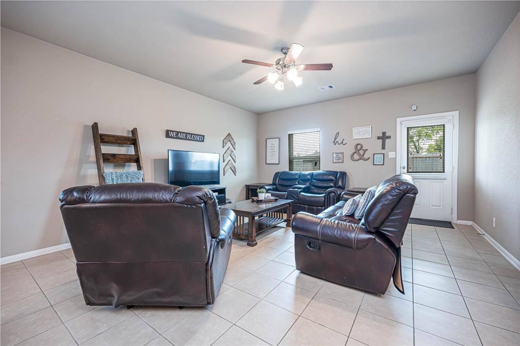 5230 Rivers Edge Drive, Richmond, TX 77469