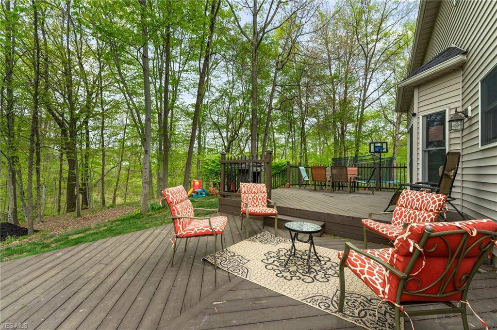 6845 Ruby Court, Austintown, OH 44515