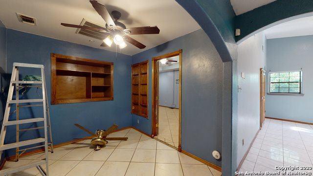 7914 Sugarfoot Dr, San Antonio, TX 78227