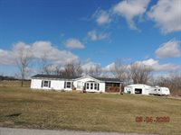 768 W North St, Upland, IN 46989