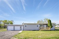 312 38th St East, Williston, ND 58801