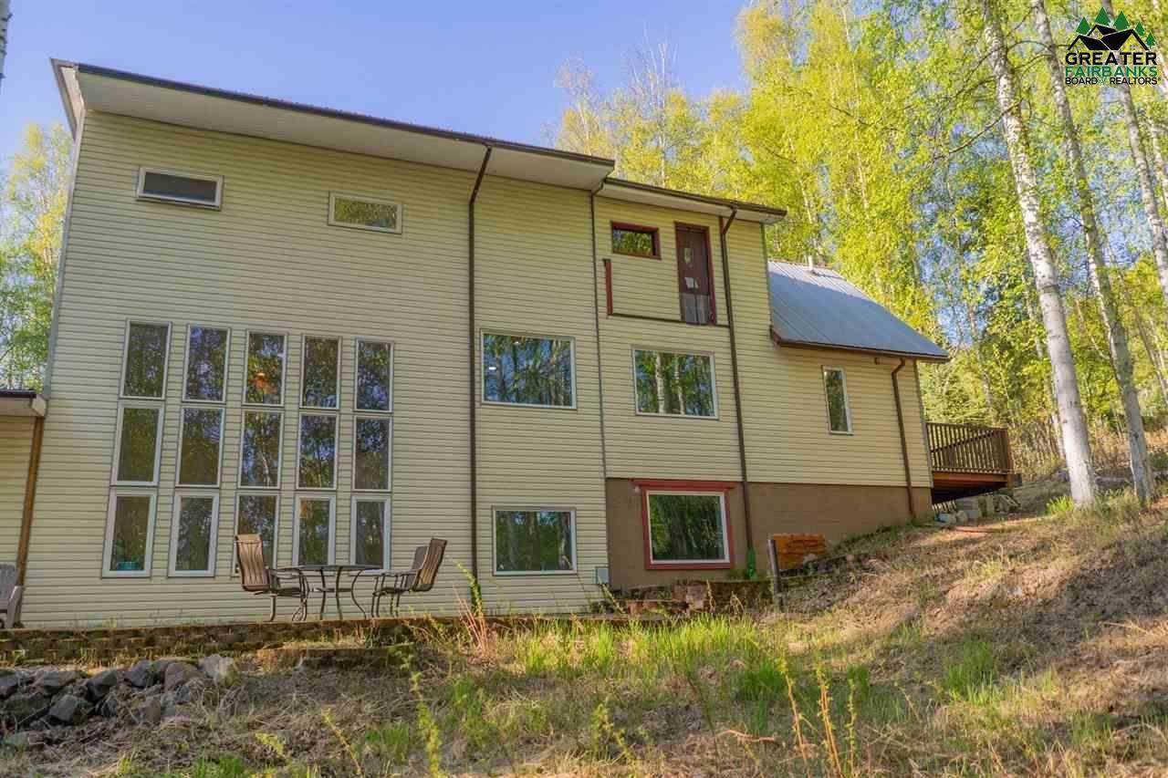 664 Hillcrest Drive, Fairbanks, AK 99712