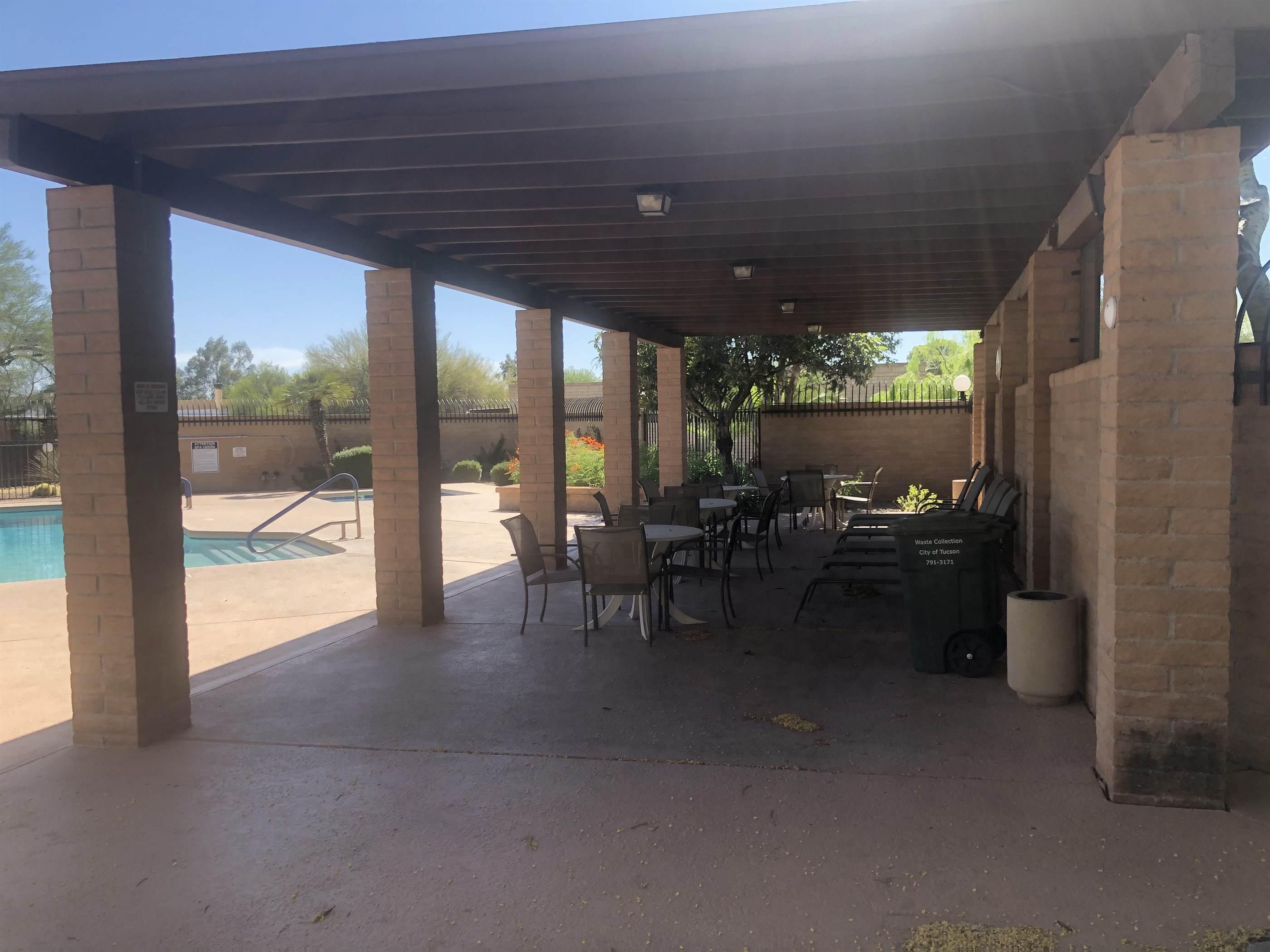 9002 E Calle Diego, Tucson, AZ 85710