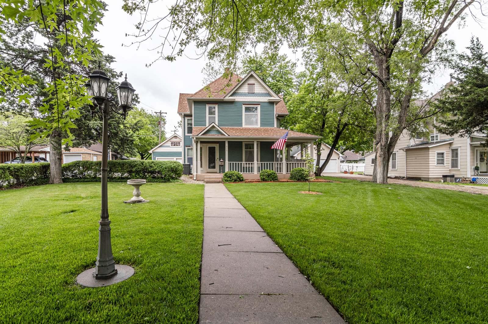 815 N Cedar Street, Abilene, KS 67410