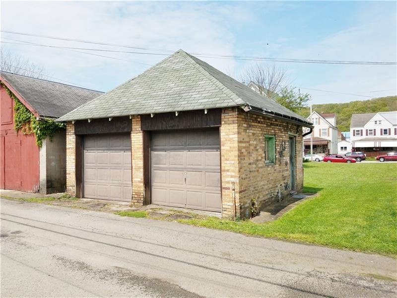 634 & 636 Fourth Avenue, Ford City, PA 16226