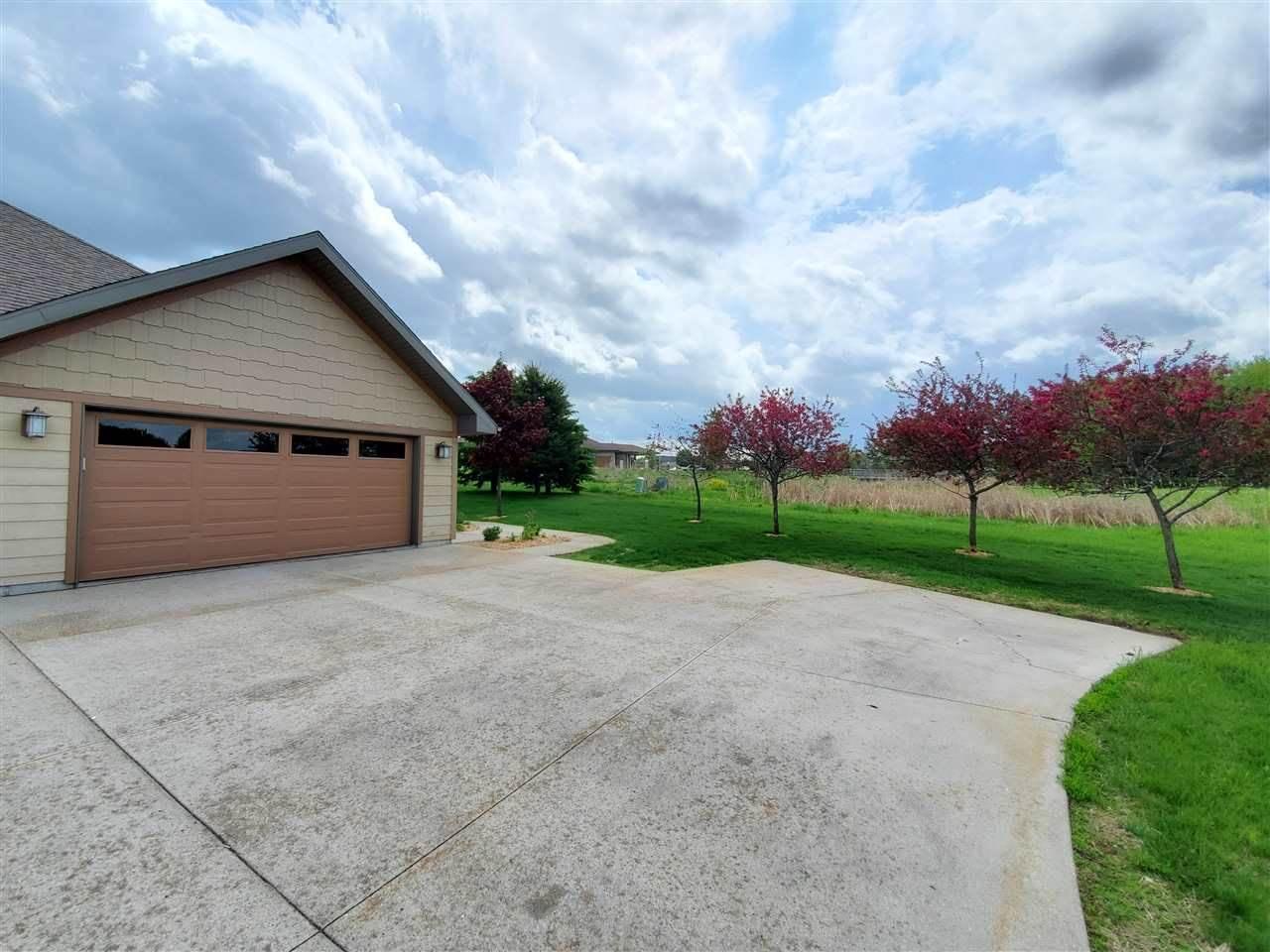 1835 Pheasant Run Drive, Marshfield, WI 54449