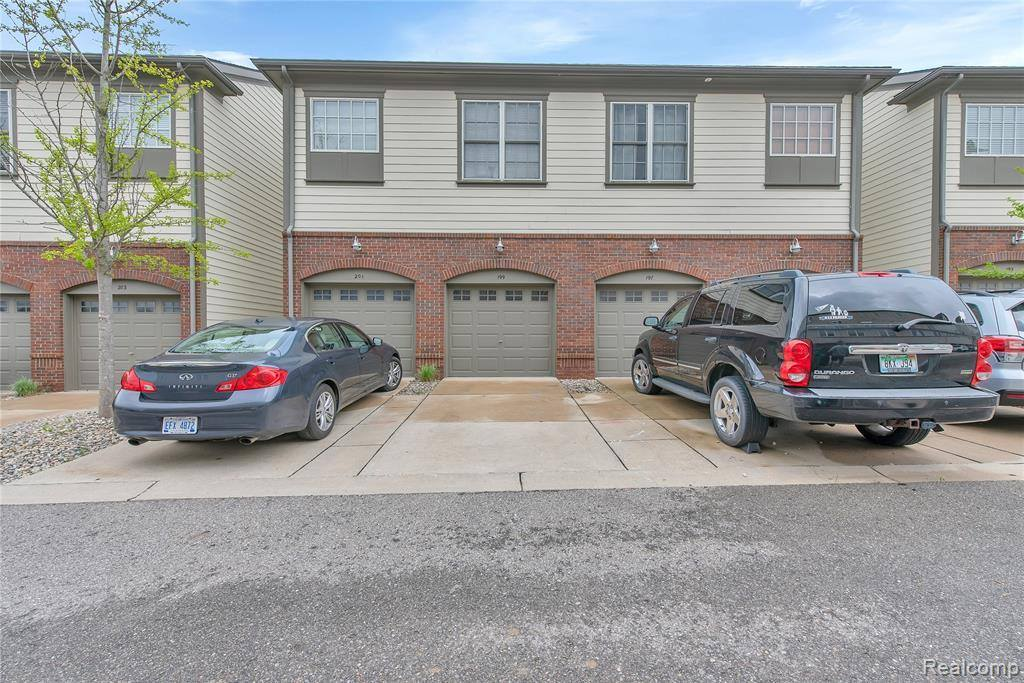 199 Jotham Avenue, Auburn Hills, MI 48326
