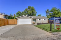 4005 Fairwood Way, Carmichael, CA 95608