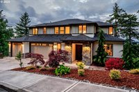 10481 SE Quailridge Dr, Happy Valley, OR 97086