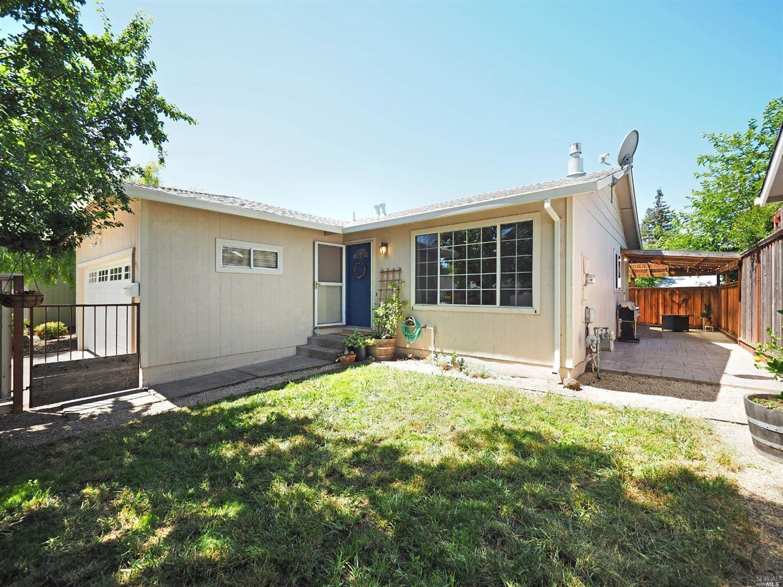 413 Korbel Place, Santa Rosa, CA 95409