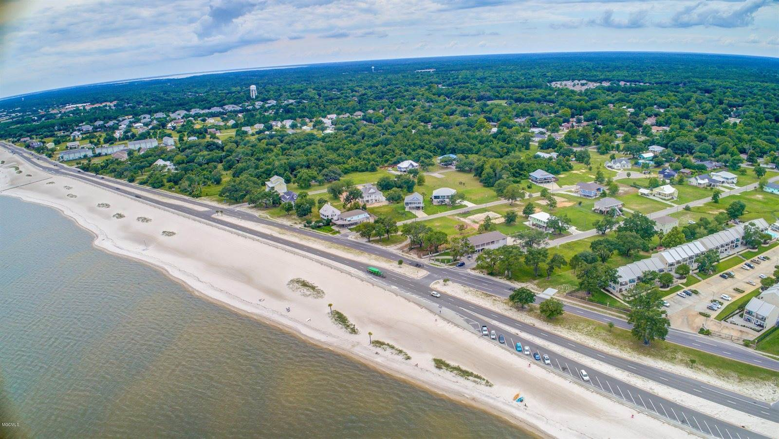 560 West Beach Blvd, Long Beach, MS 39560