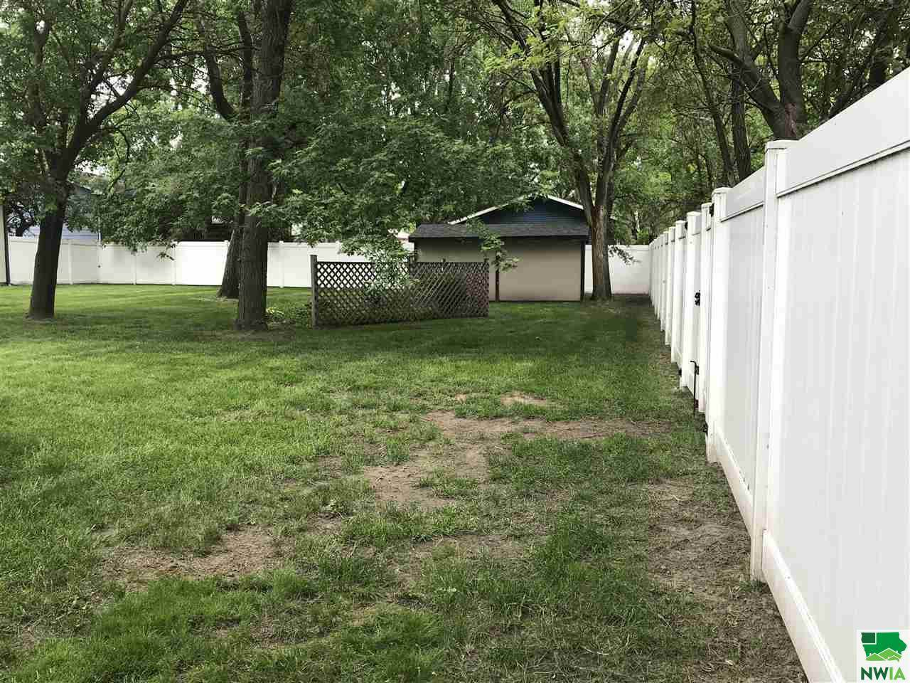 410 E Jefferson, Elk Point, SD 57025