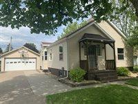 1406 S Palmetto Avenue, Marshfield, WI 54449