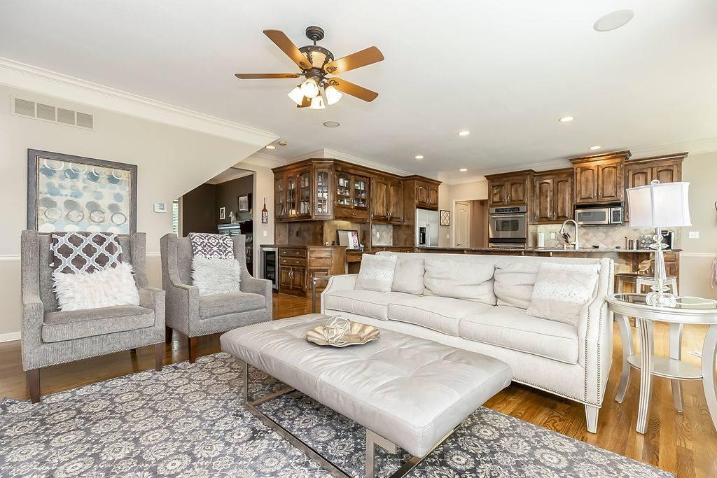 22216 W. 58th Street, Shawnee, KS 66226