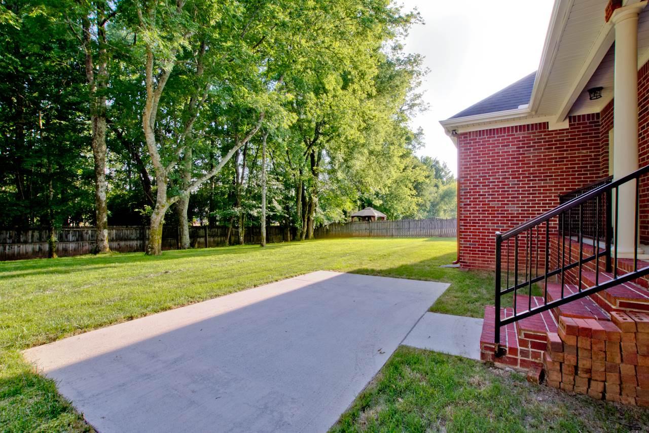 154 Redcliffe Drive, Huntsville, AL 35806