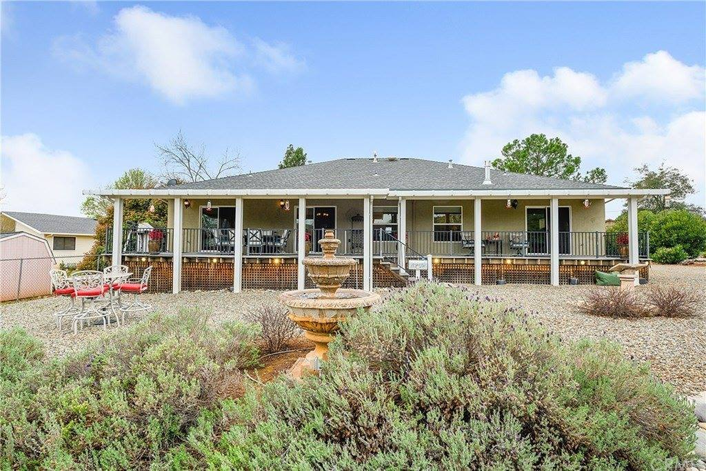 19512 Stonegate Road, Hidden Valley Lake, CA 95467