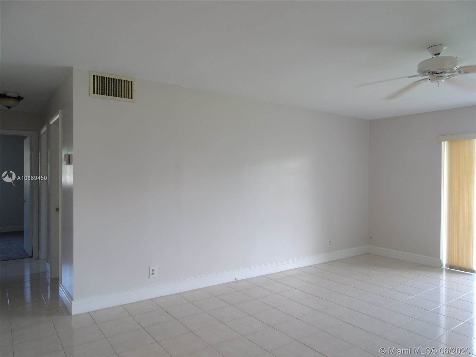 700 Layne Blvd, #111, Hallandale Beach, FL 33009