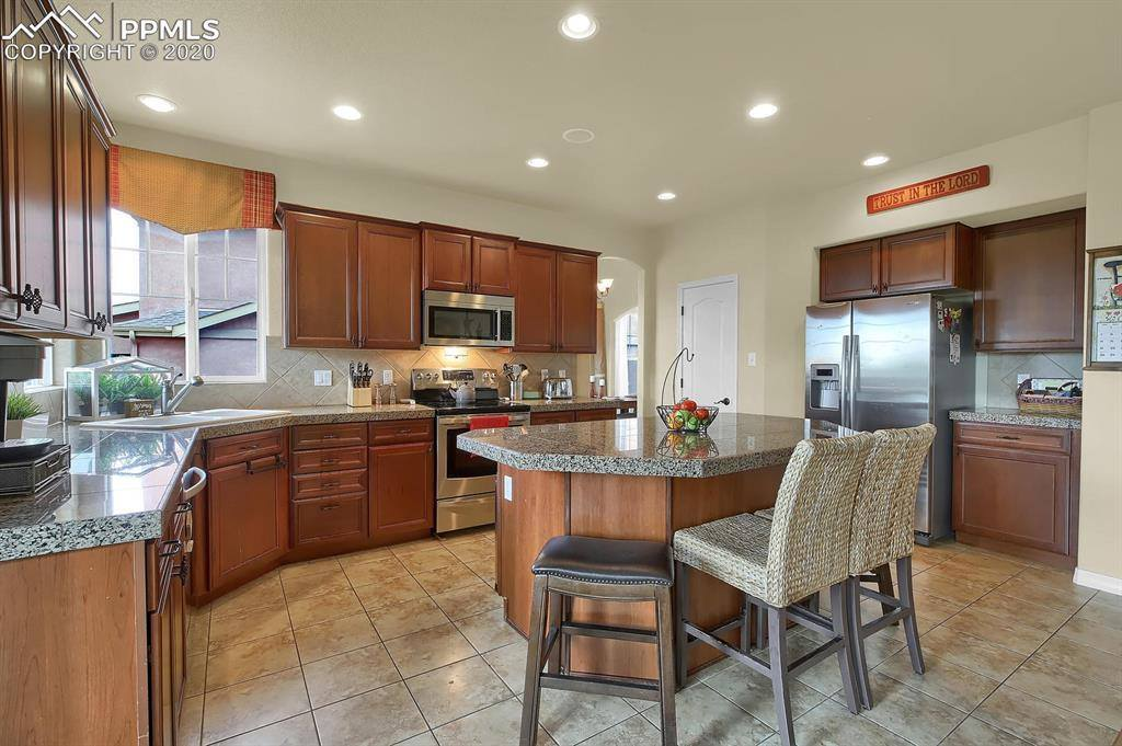 4877 Steamboat Lake Court, Colorado Springs, CO 80924