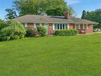 1653 Hanley Rd W, Mansfield, OH 44904