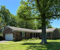 1501 Dudley Drive, Murray, KY 42071