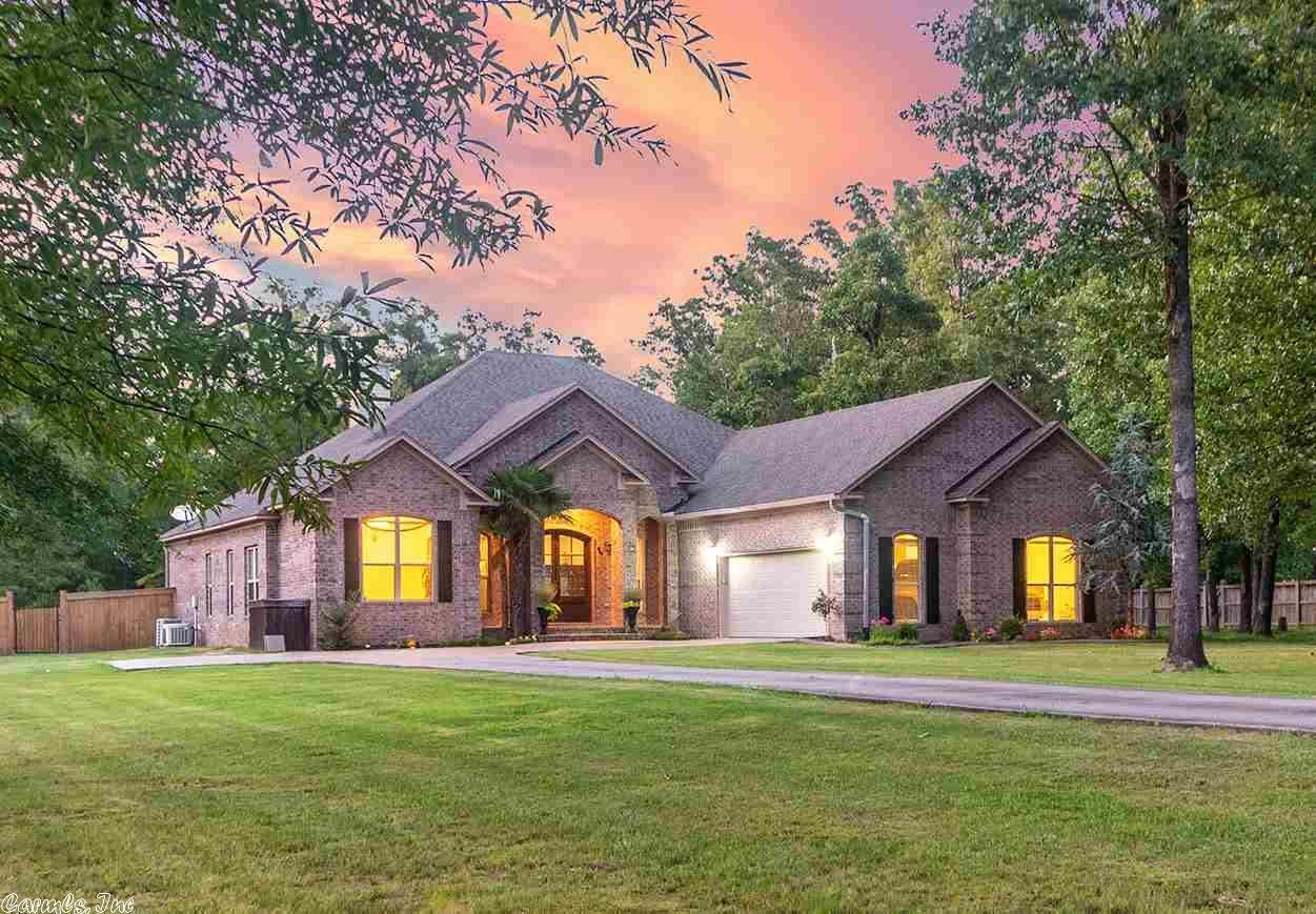 38 Oakwood, Vilonia, AR 72173