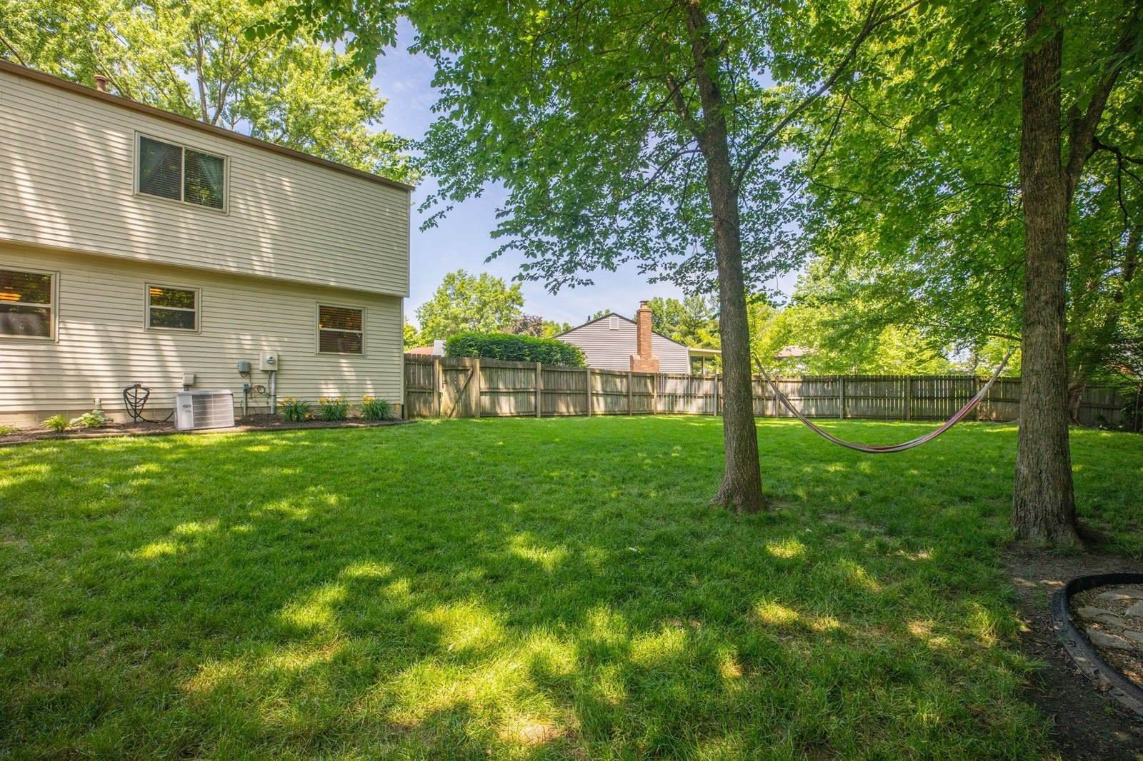4972 Willow Hollow Court, Columbus, OH 43230