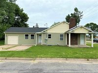 360 17th Avenue South, Wisconsin Rapids, WI 54495