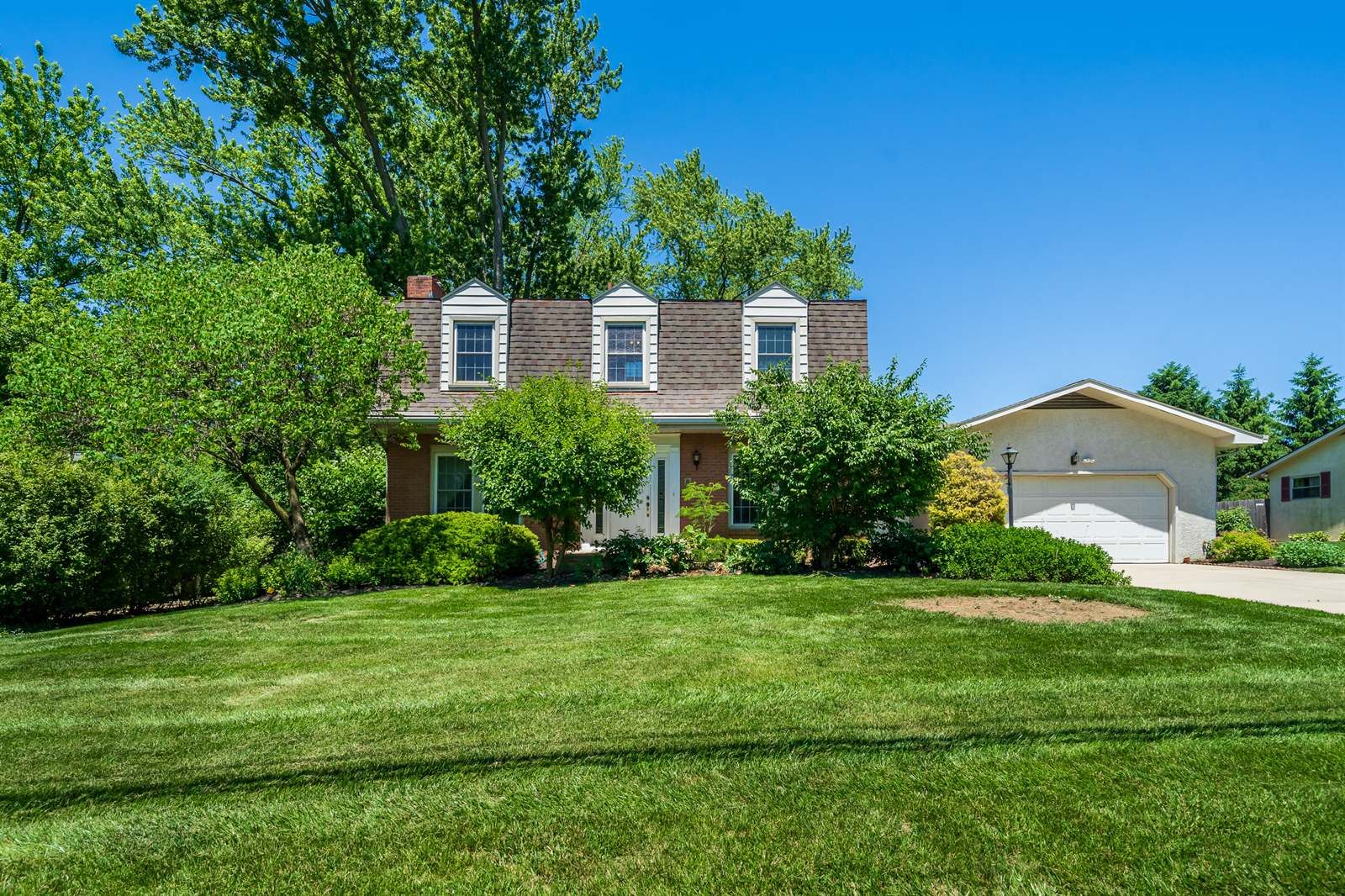 2456 Middlesex Road, Upper Arlington, OH 43220