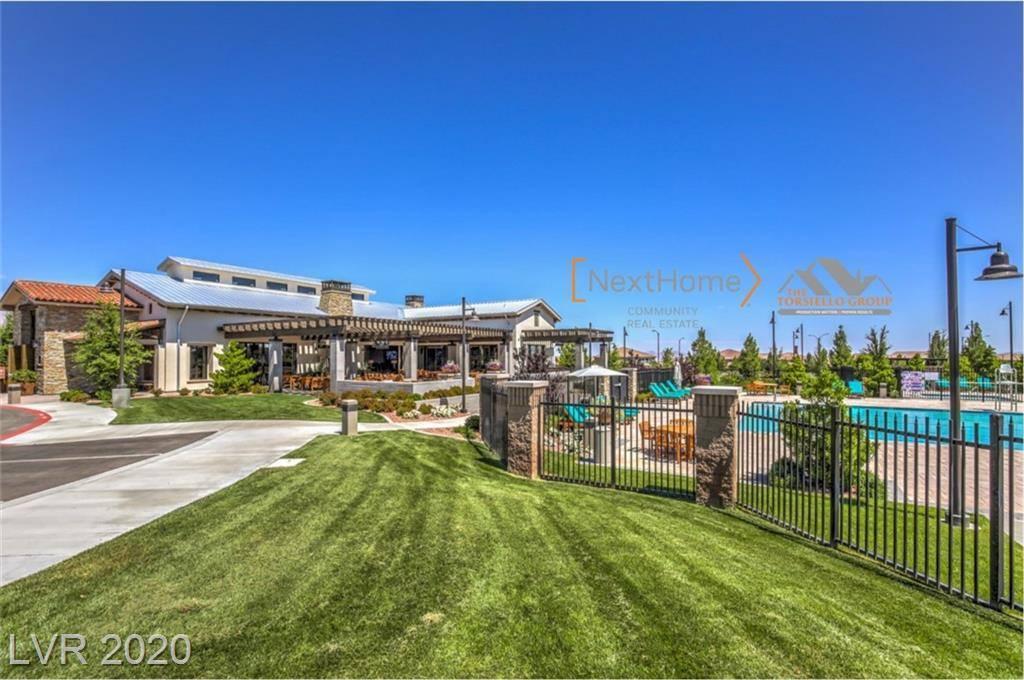 8142 Canyon Grassland Street, Las Vegas, NV 89166