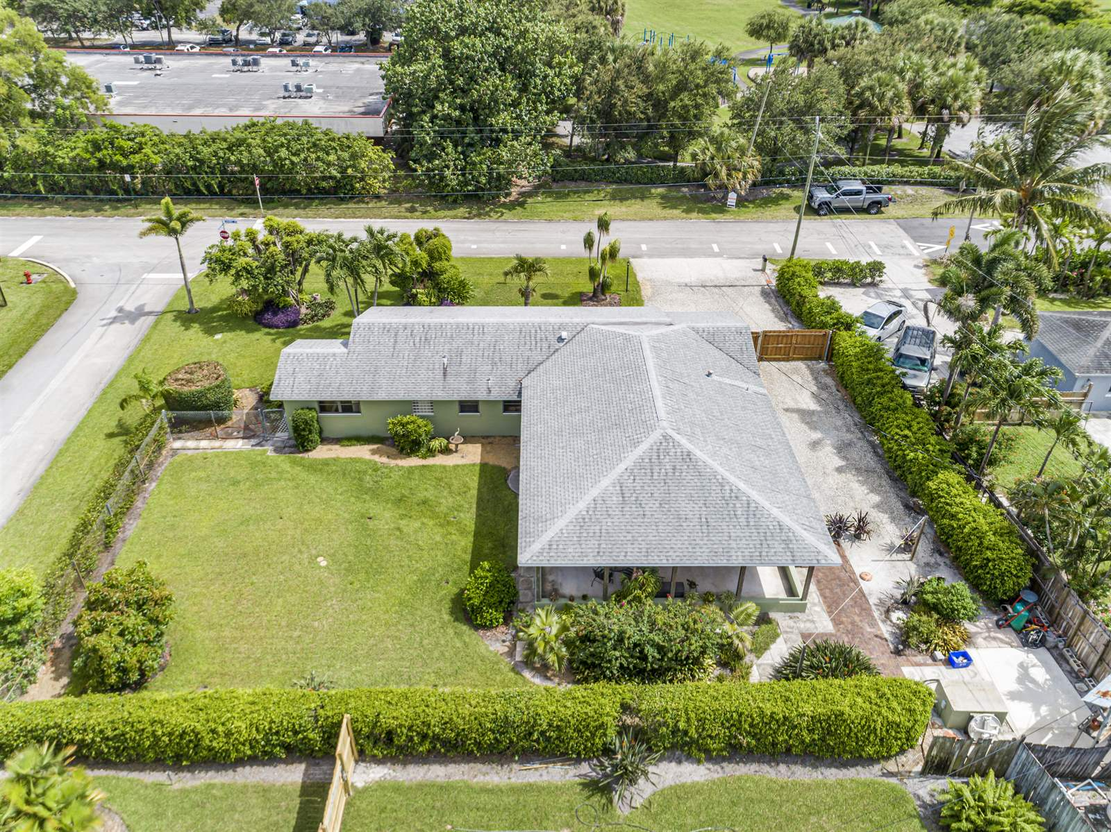 1611 Carandis Rd, West Palm Beach, FL 33406