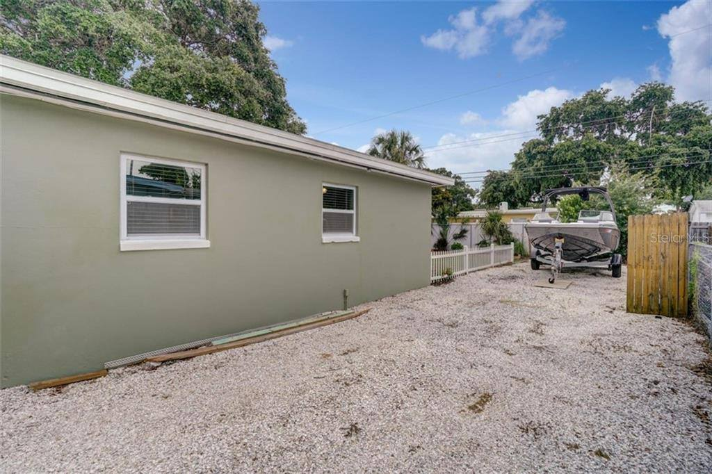 7525 Par Avenue North, Saint Petersburg, FL 33710