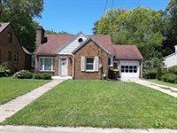 1548 Oak, Freeport, IL 61032