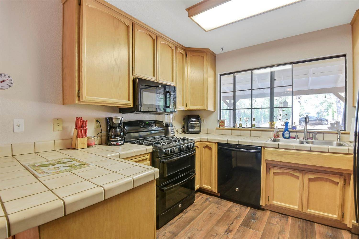 16597 Frenchtown Road, Brownsville, CA 95919