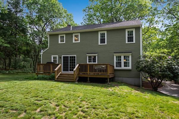82 King St, Norfolk, MA 02056